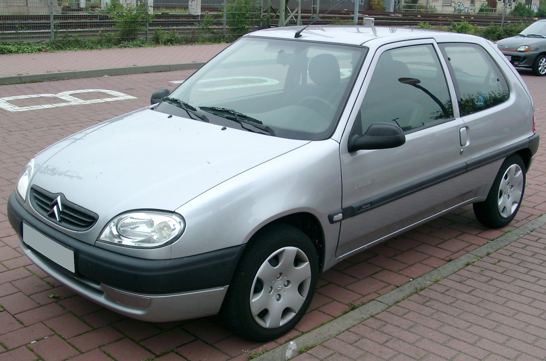 Citroen saxo photo - 3