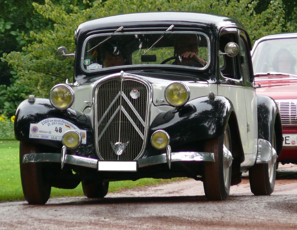 Citroen traction photo - 2