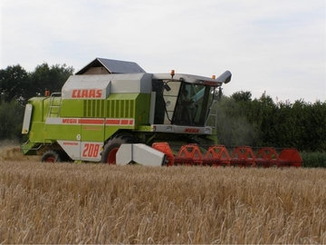 Claas mega photo - 3