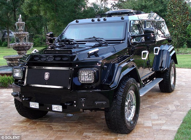 Custom made hummer photo - 2