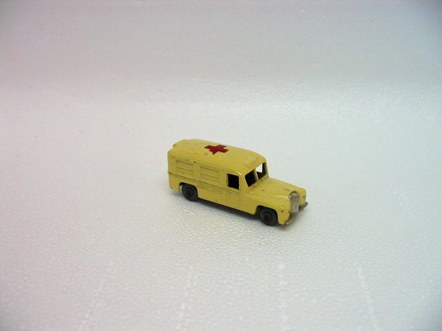 Daimler ambulance photo - 3