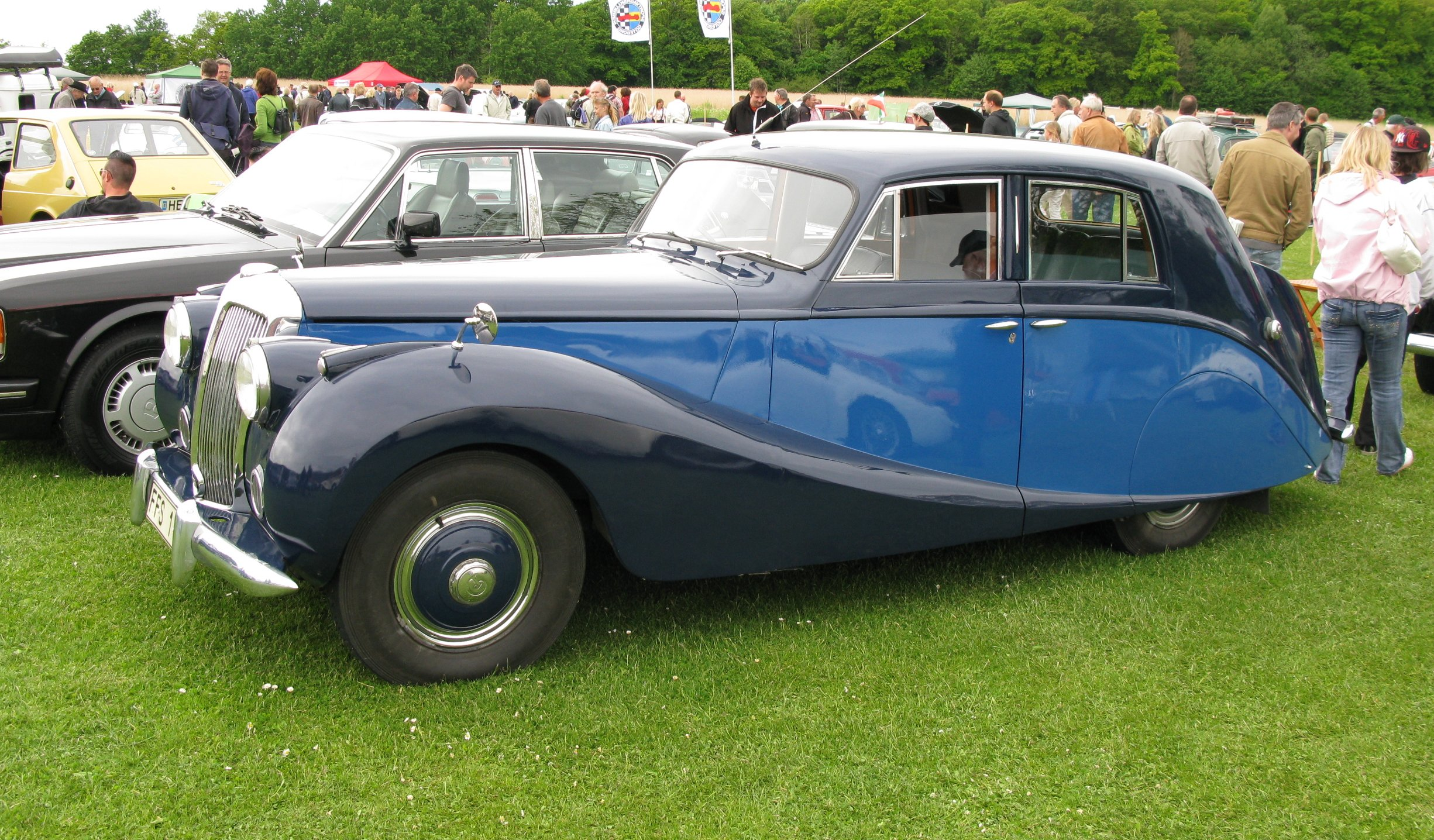 Daimler db18 photo - 2