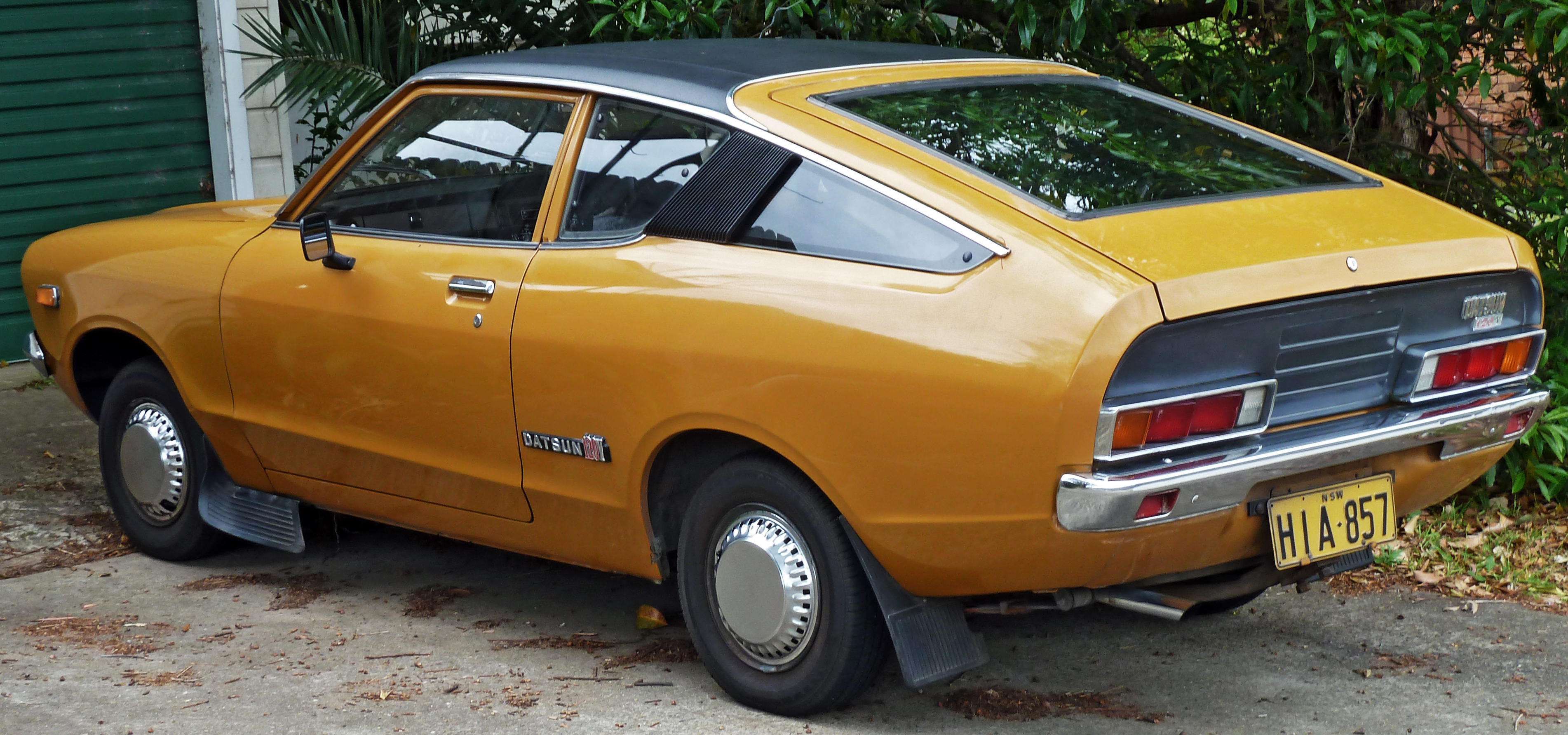 Datsun laurel photo - 3