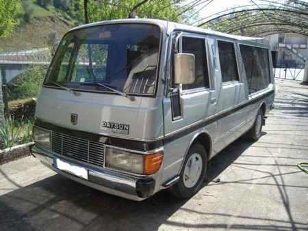 Datsun urvan photo - 2