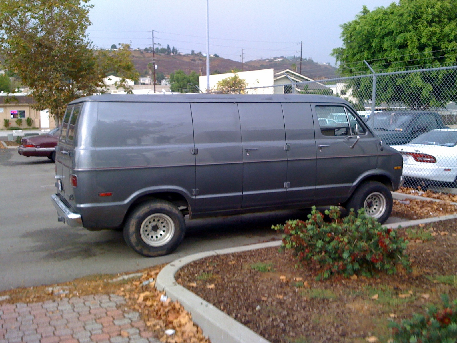 Dodge tradesman photo - 3