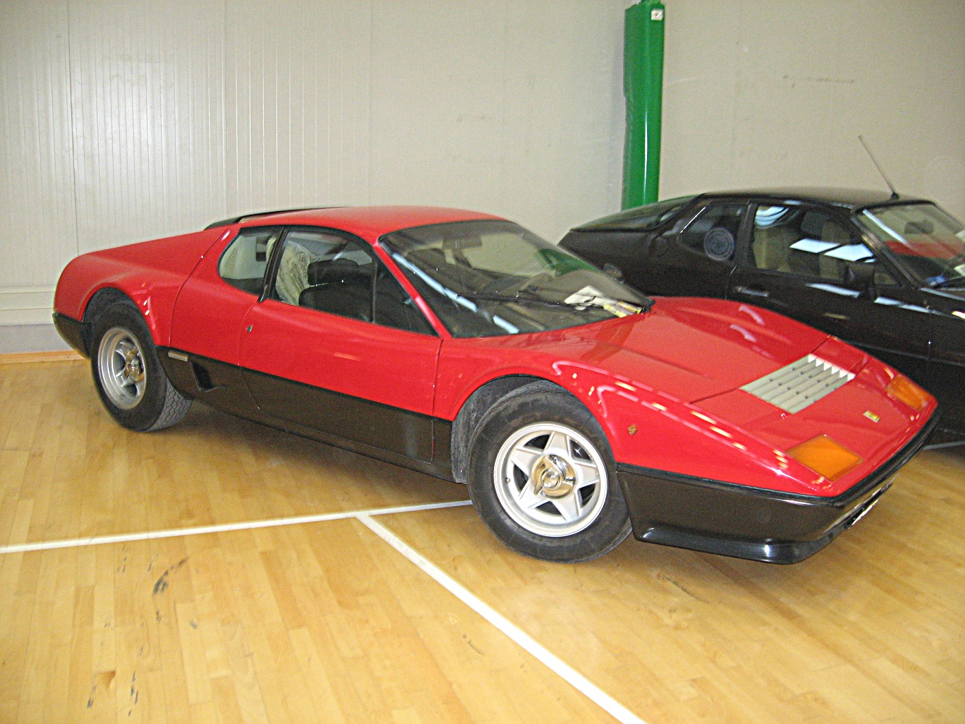 Ferrari 512bb photo - 4