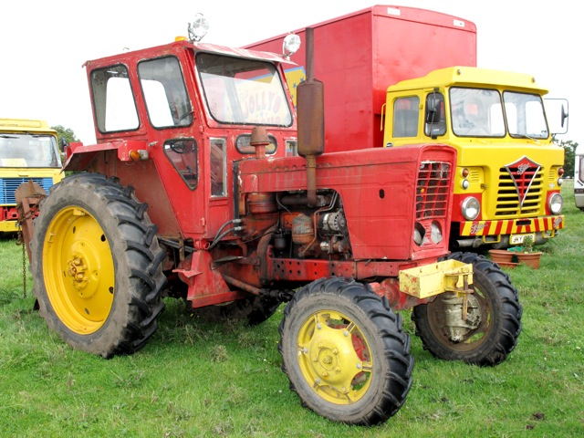 Foden tractor photo - 2