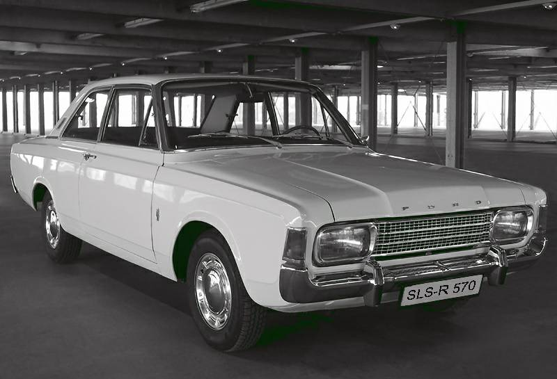 Ford 17m photo - 1