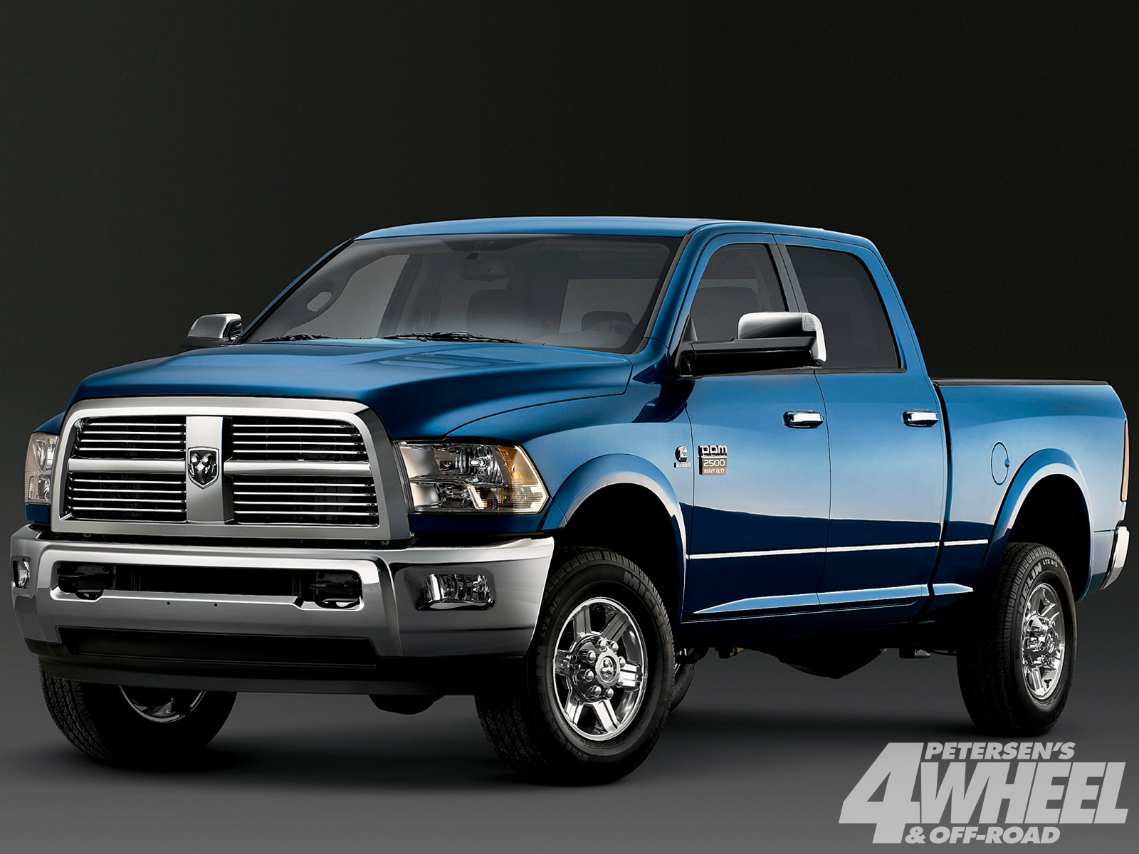 Ford 2500 photo - 4