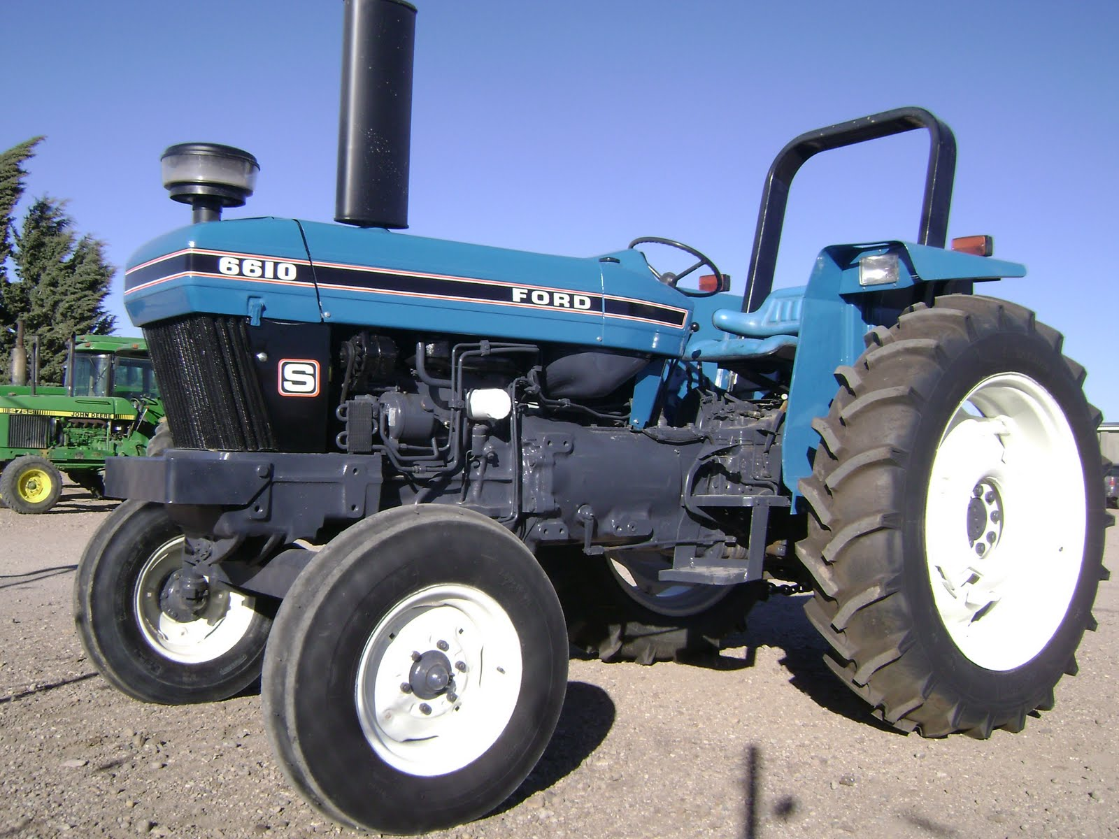 Ford 6610 photo - 1