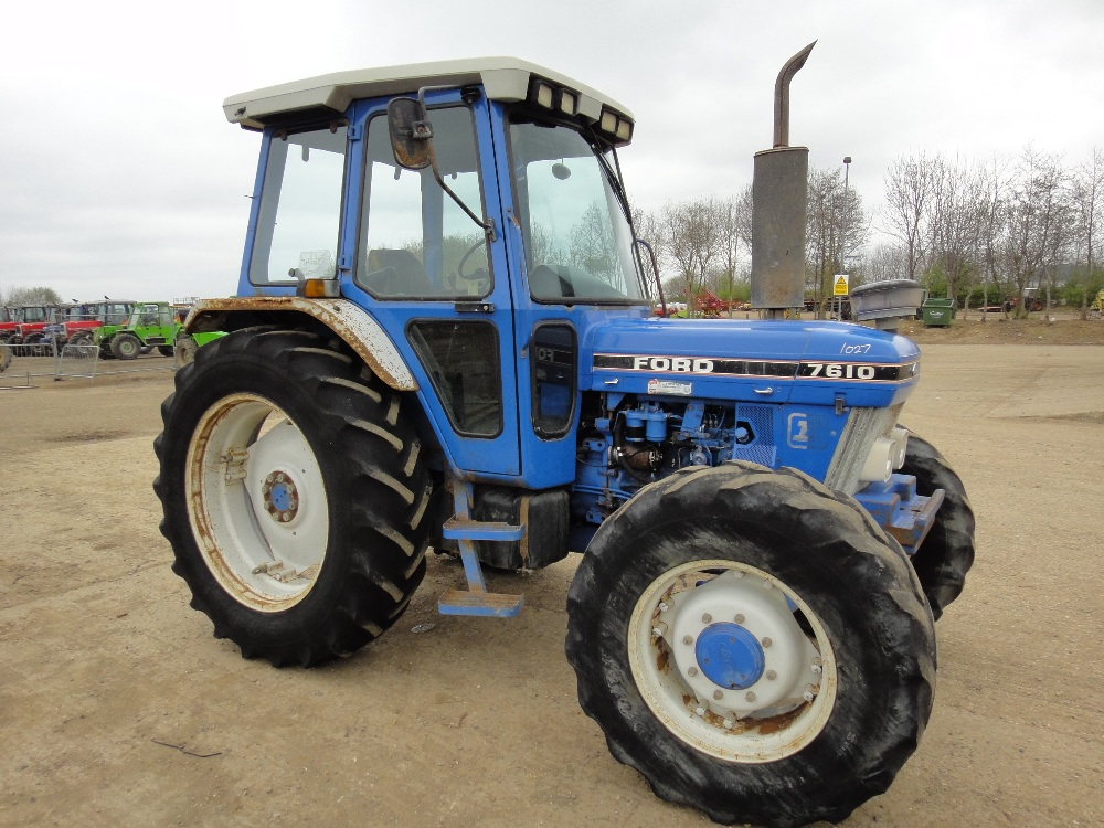 Ford 7610 photo - 1