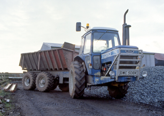 Ford 7710 photo - 2