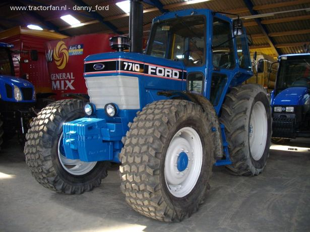 Ford 7710 photo - 4