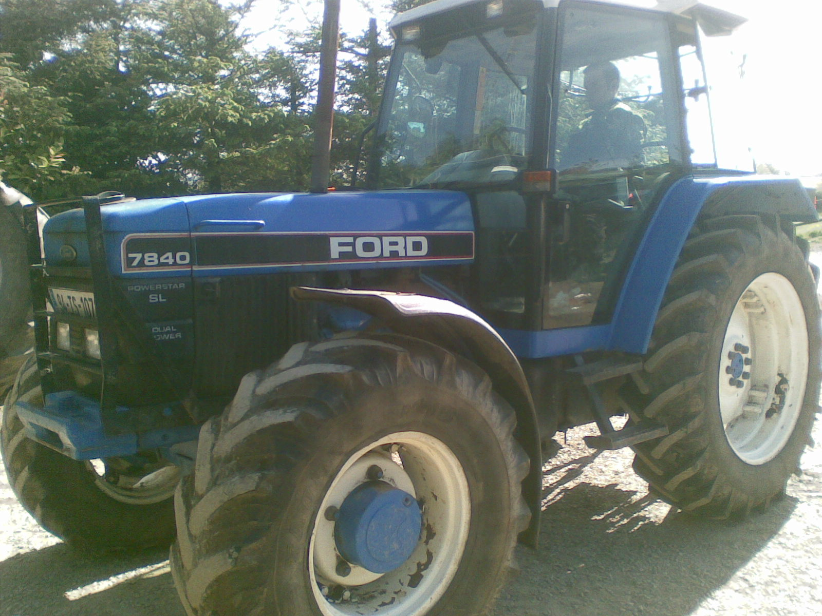 Ford 7840 photo - 1