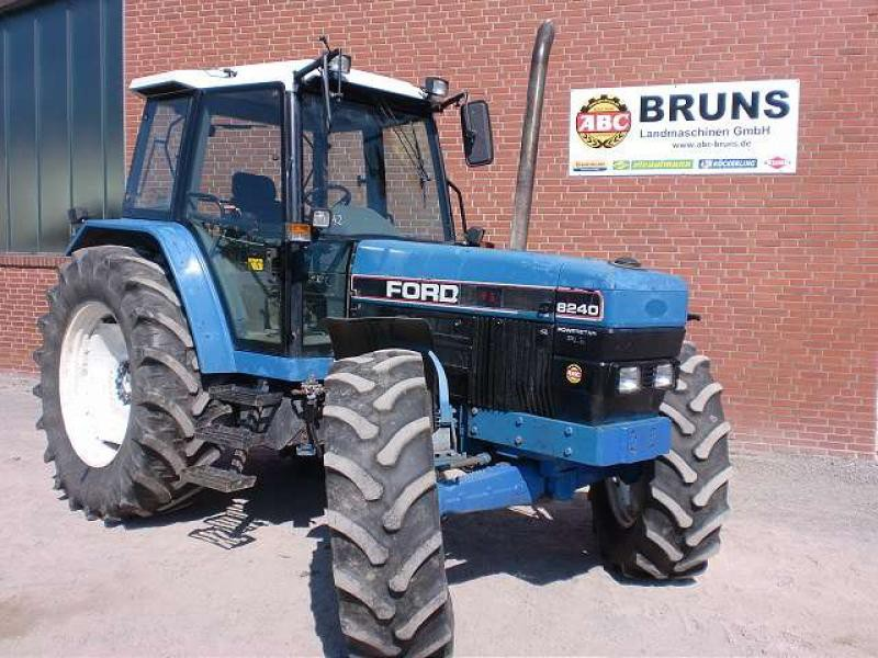 Ford 8240 photo - 2
