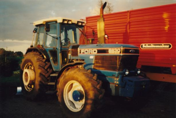 Ford 8830 photo - 3