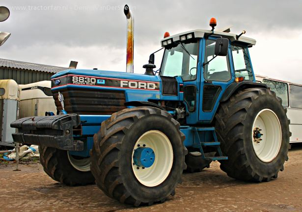 Ford 8830 photo - 4