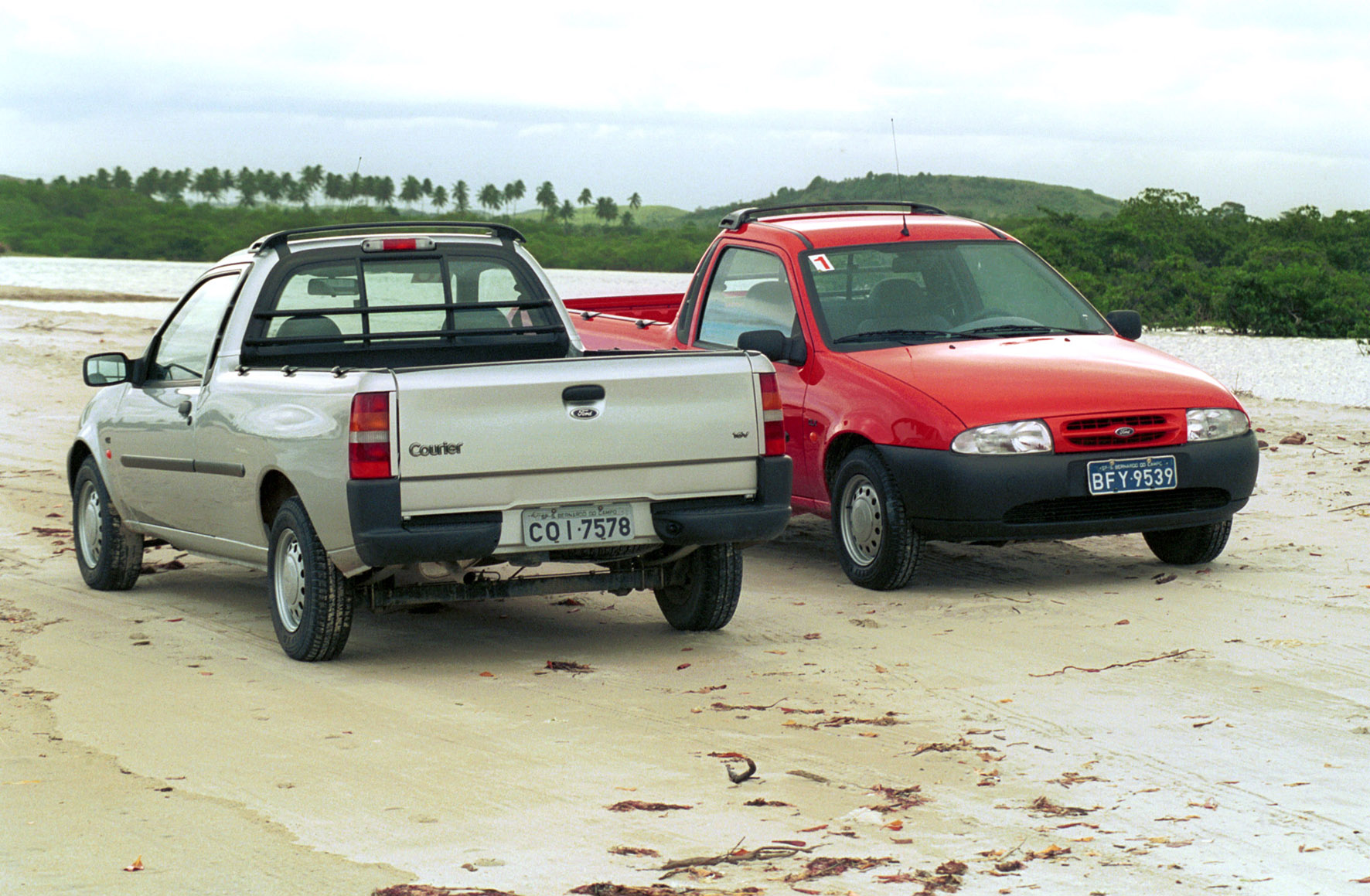 Ford courier photo - 4