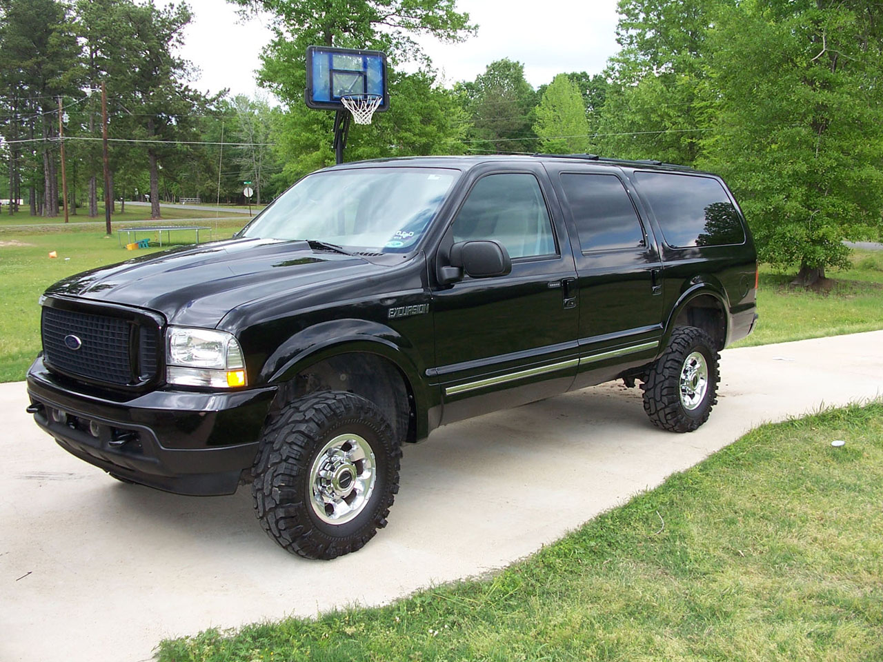 Ford excursion photo - 1
