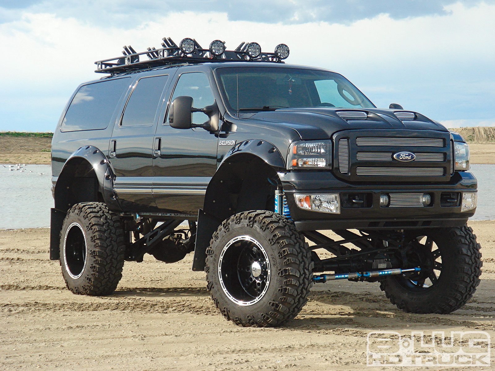 Ford excursion photo - 2