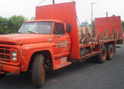 Ford f-13000 photo - 2