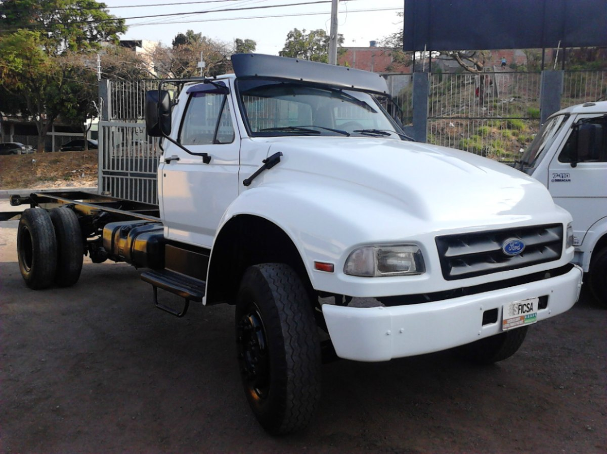 Ford f-14000 photo - 1