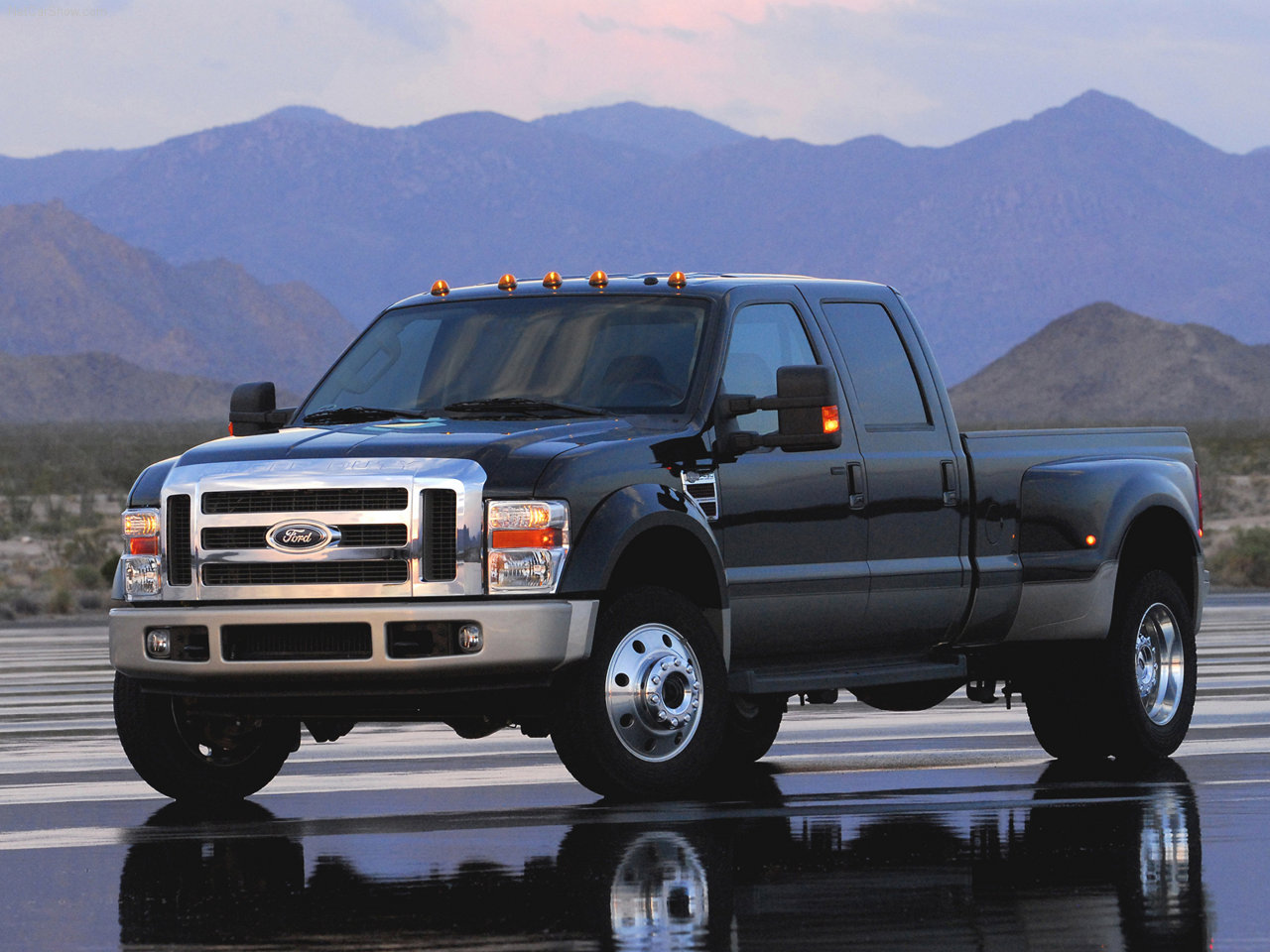 Ford f-450 photo - 4