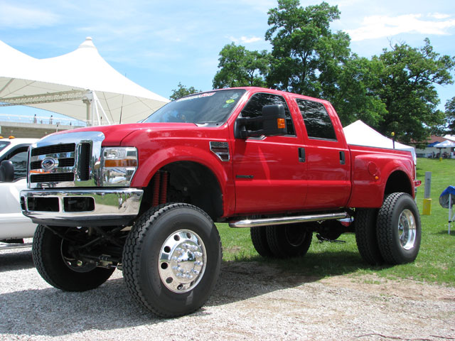 Ford f-550 photo - 3