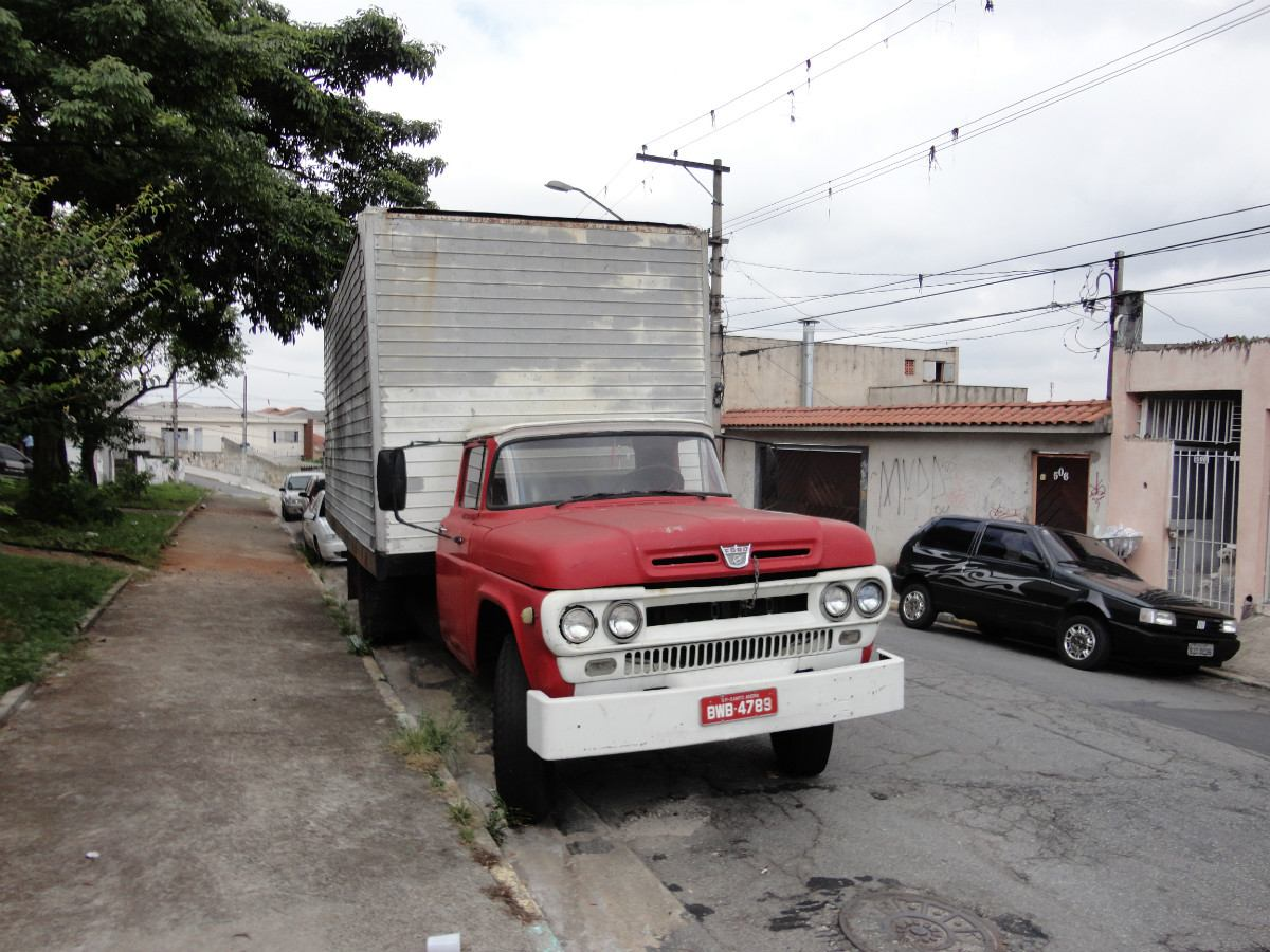 Ford f-600 photo - 4