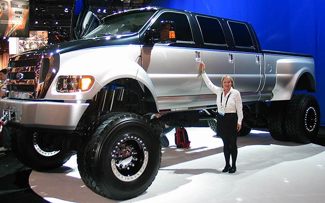 Ford f-750 photo - 3