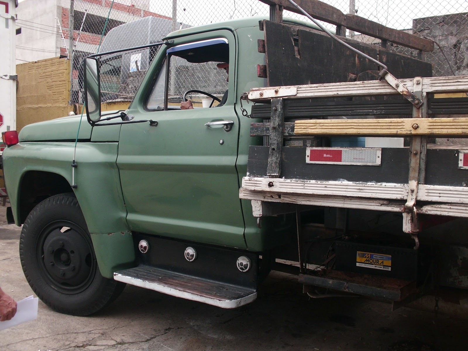 Ford f600 photo - 3