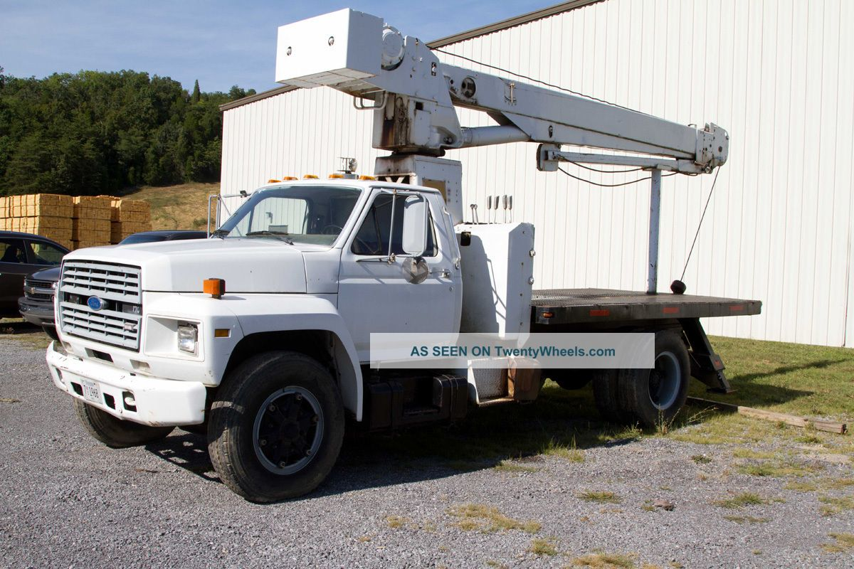 Ford f700 photo - 4