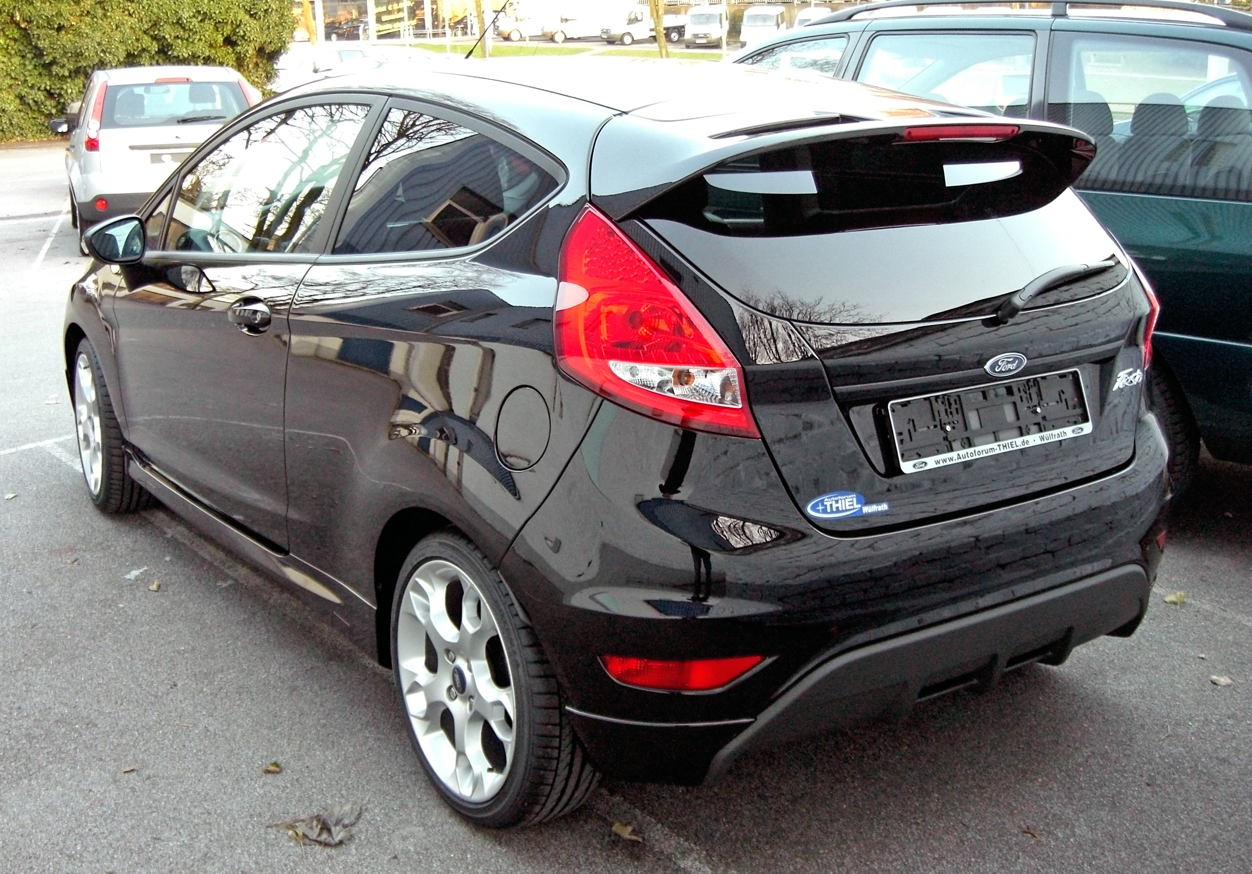Ford fiesta photo - 3
