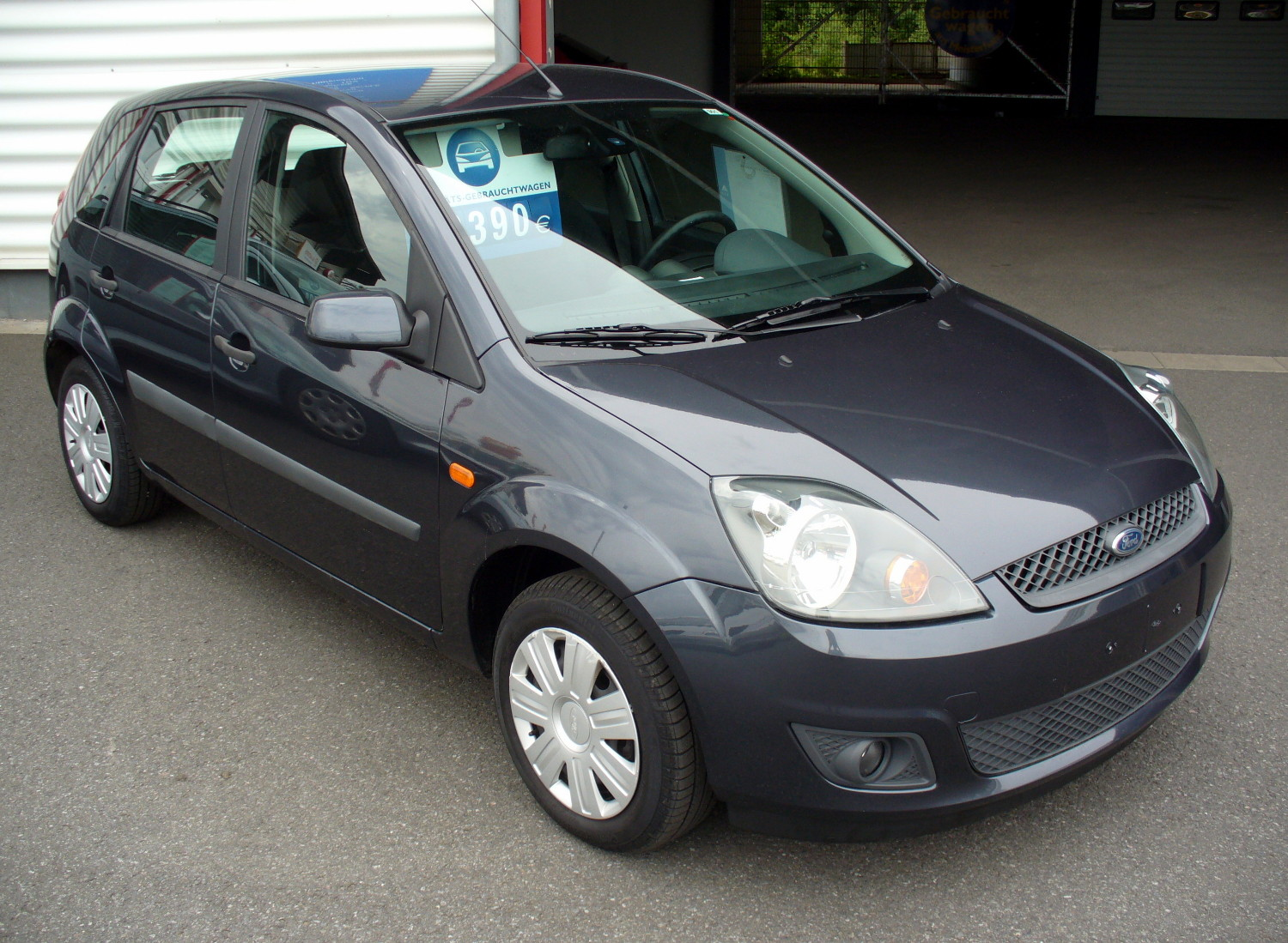 Ford fiesta photo - 4