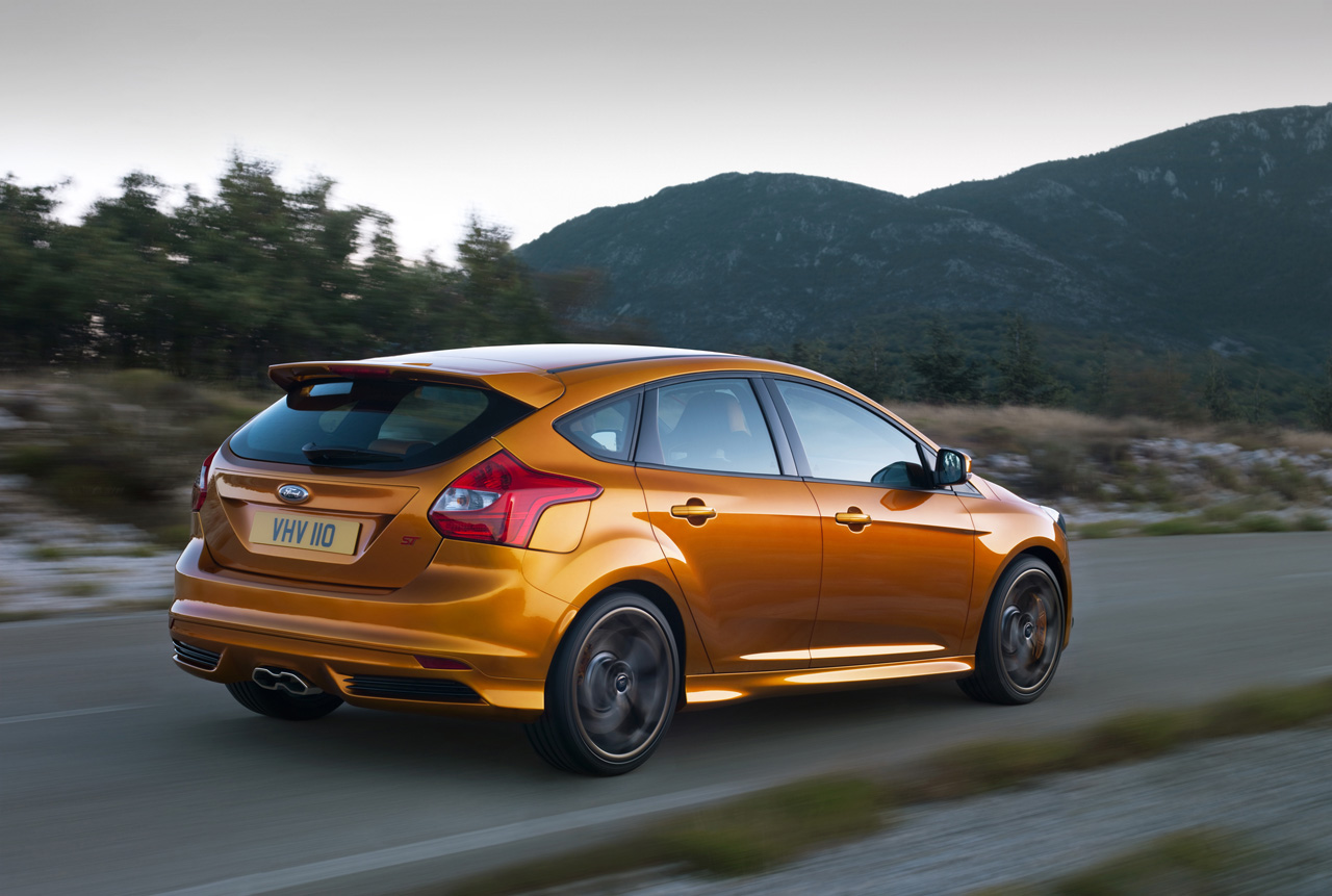 Ford focus photo - 3