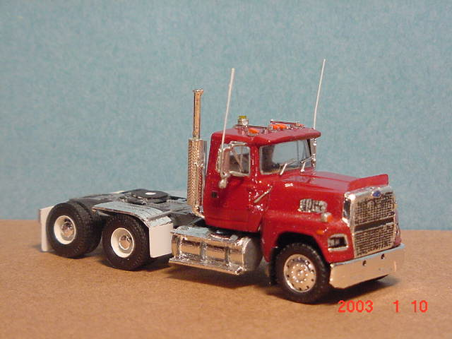 Ford ltl9000 photo - 1