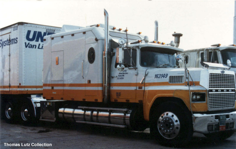 Ford ltl9000 photo - 3