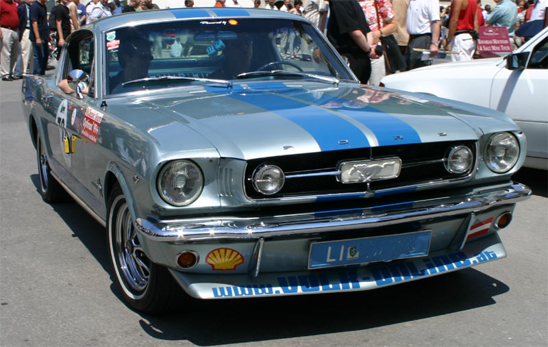 Ford mustang photo - 3