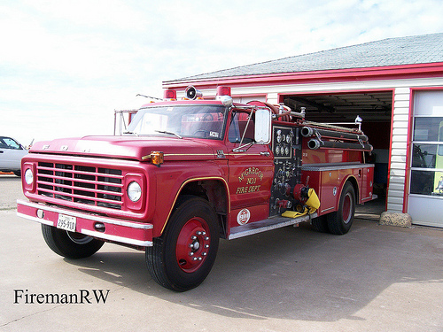 Ford pumper photo - 2