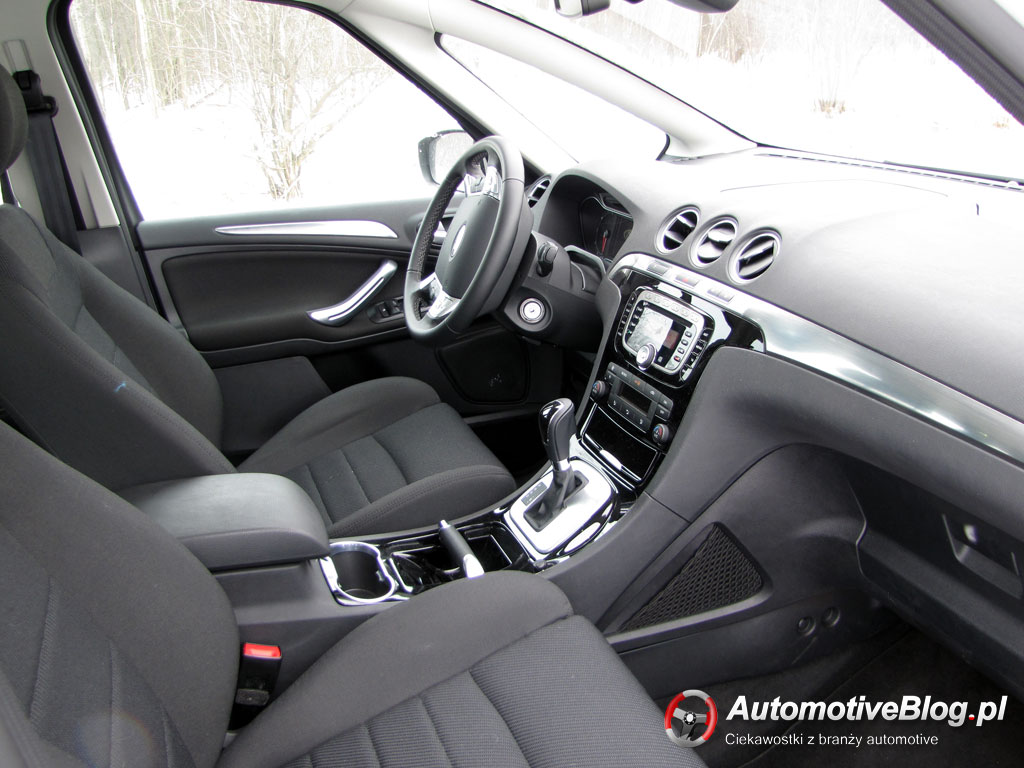 Ford s-max photo - 4