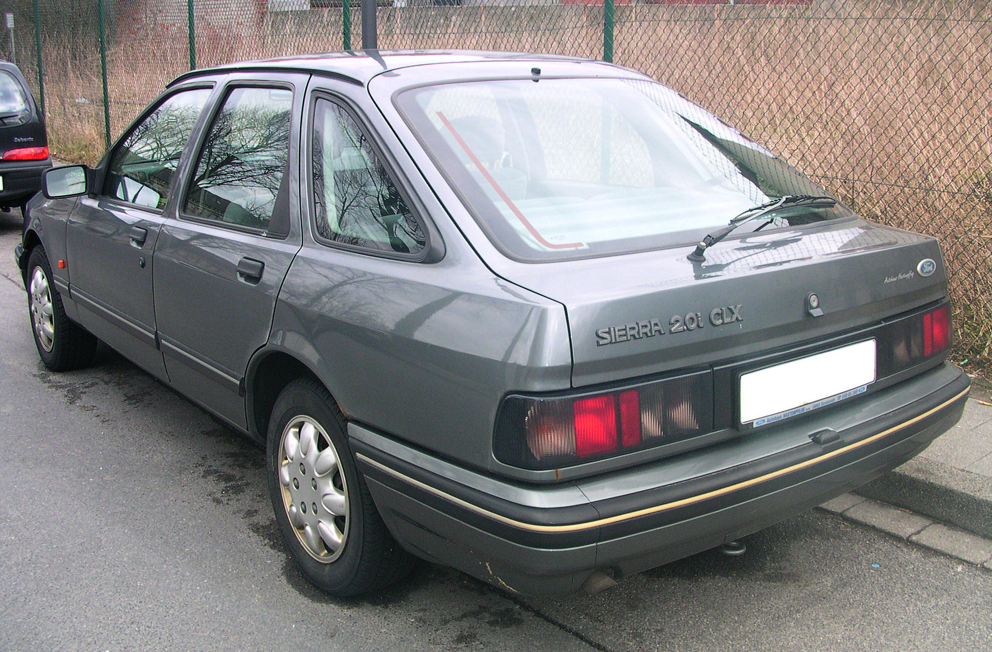 Ford sierra photo - 3