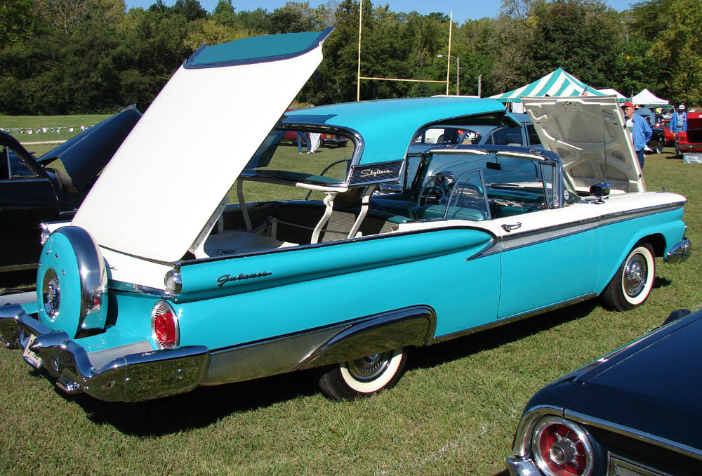 Ford skyliner photo - 1