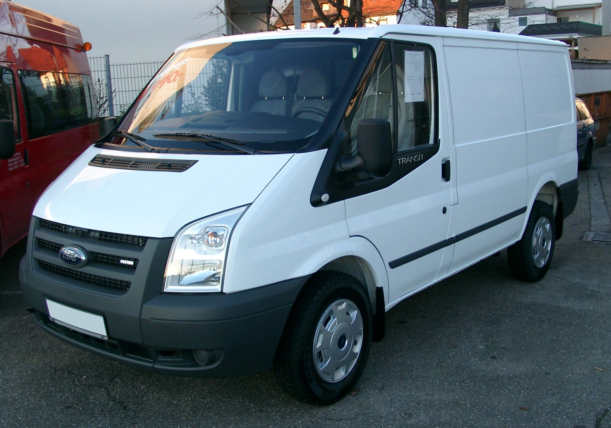 Ford transit photo - 1