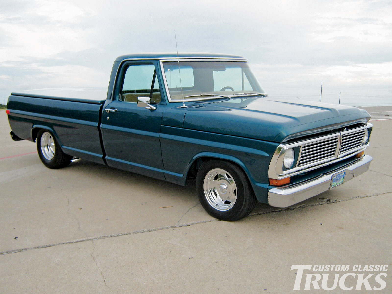 Ford truck photo - 3