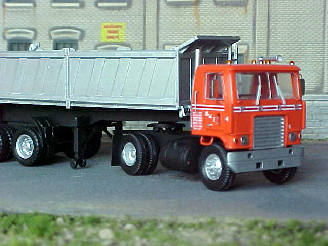 Ford w-9000 photo - 3