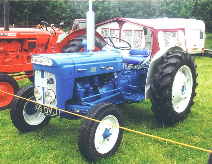 Fordson tractor photo - 2