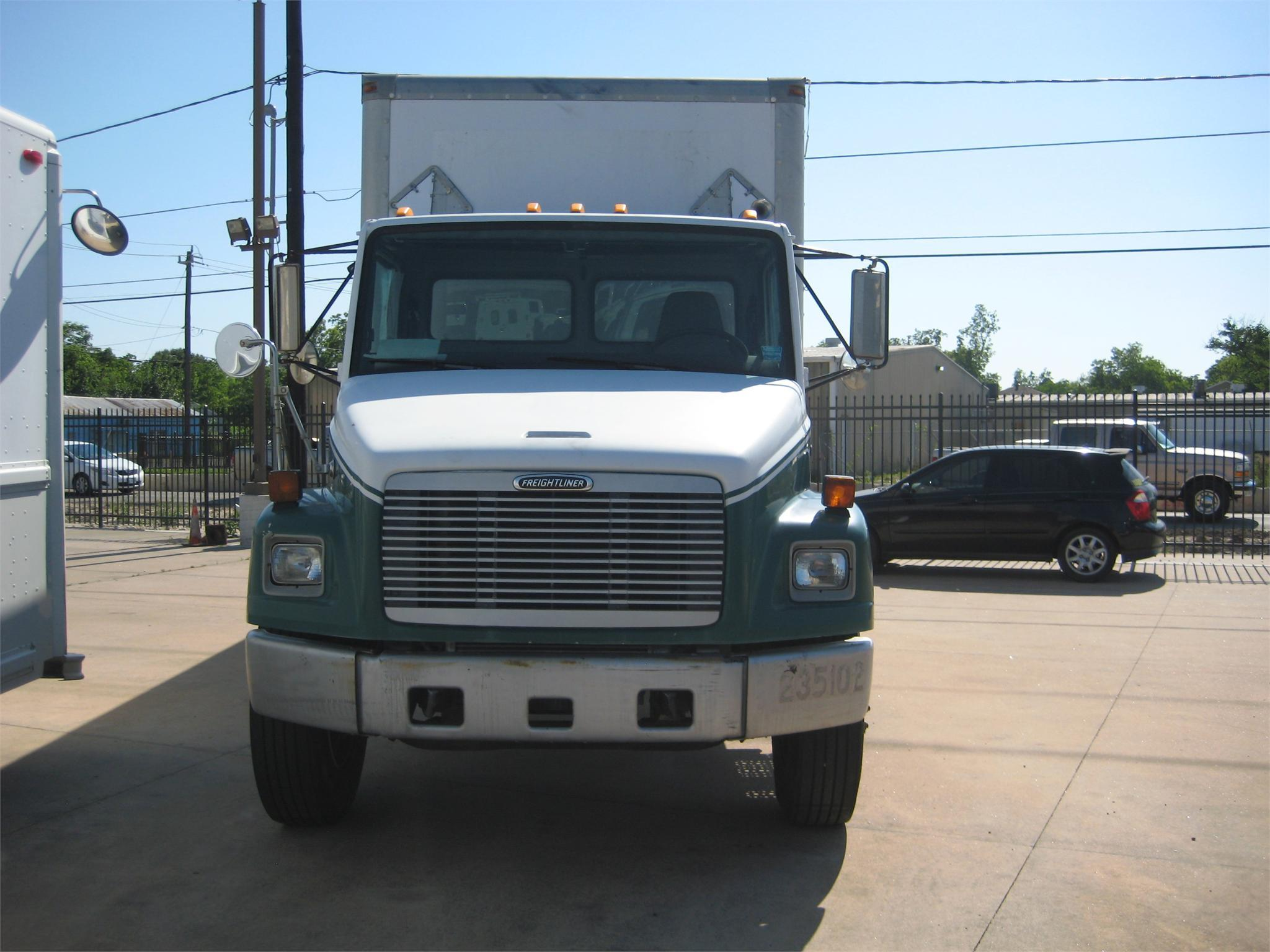 Freightliner fl photo - 4