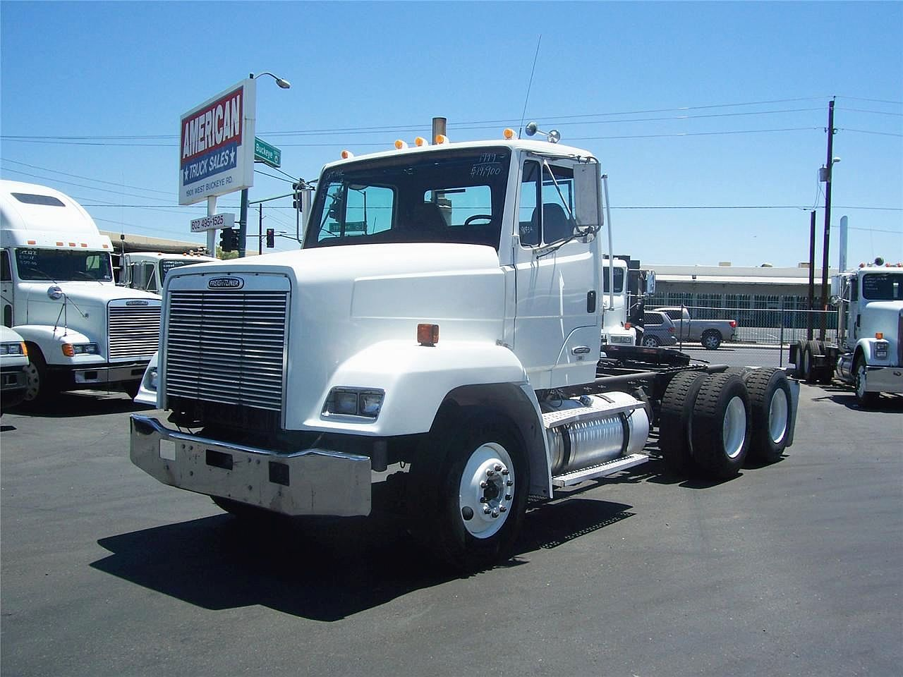 Freightliner flc photo - 2