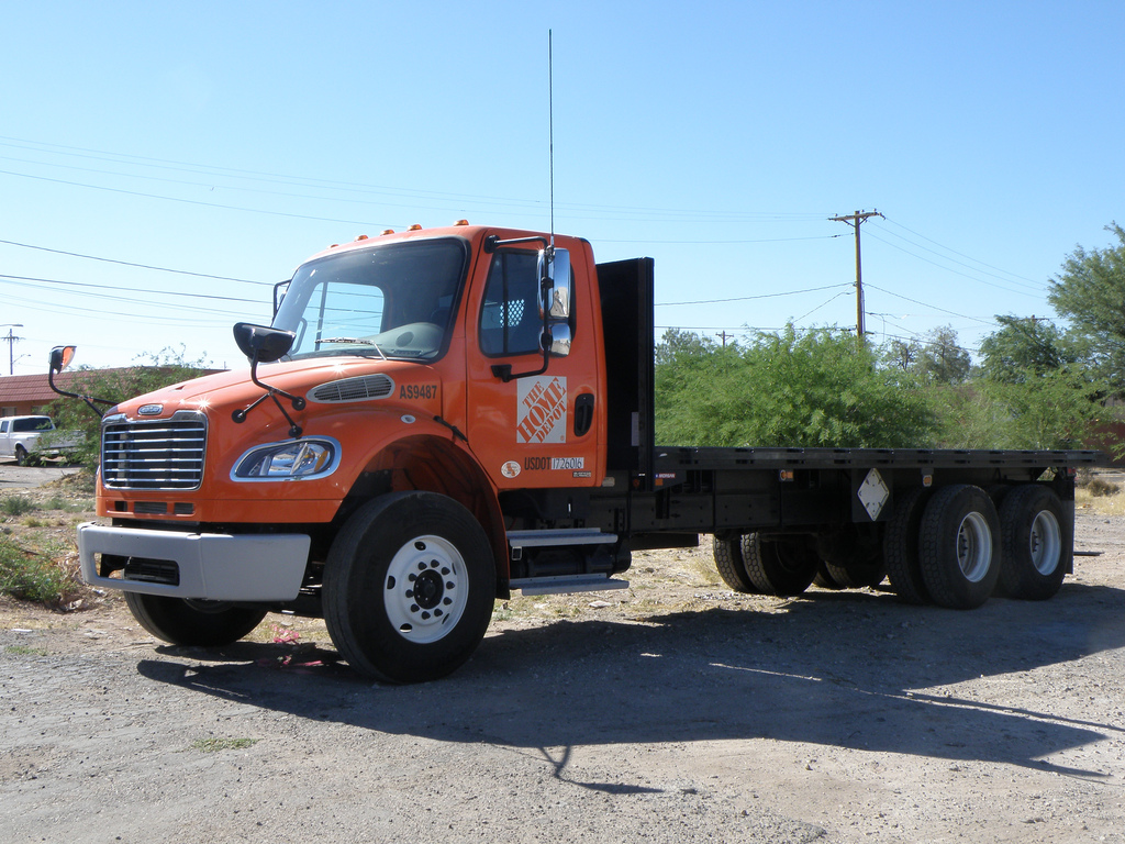 Freightliner m2 photo - 4