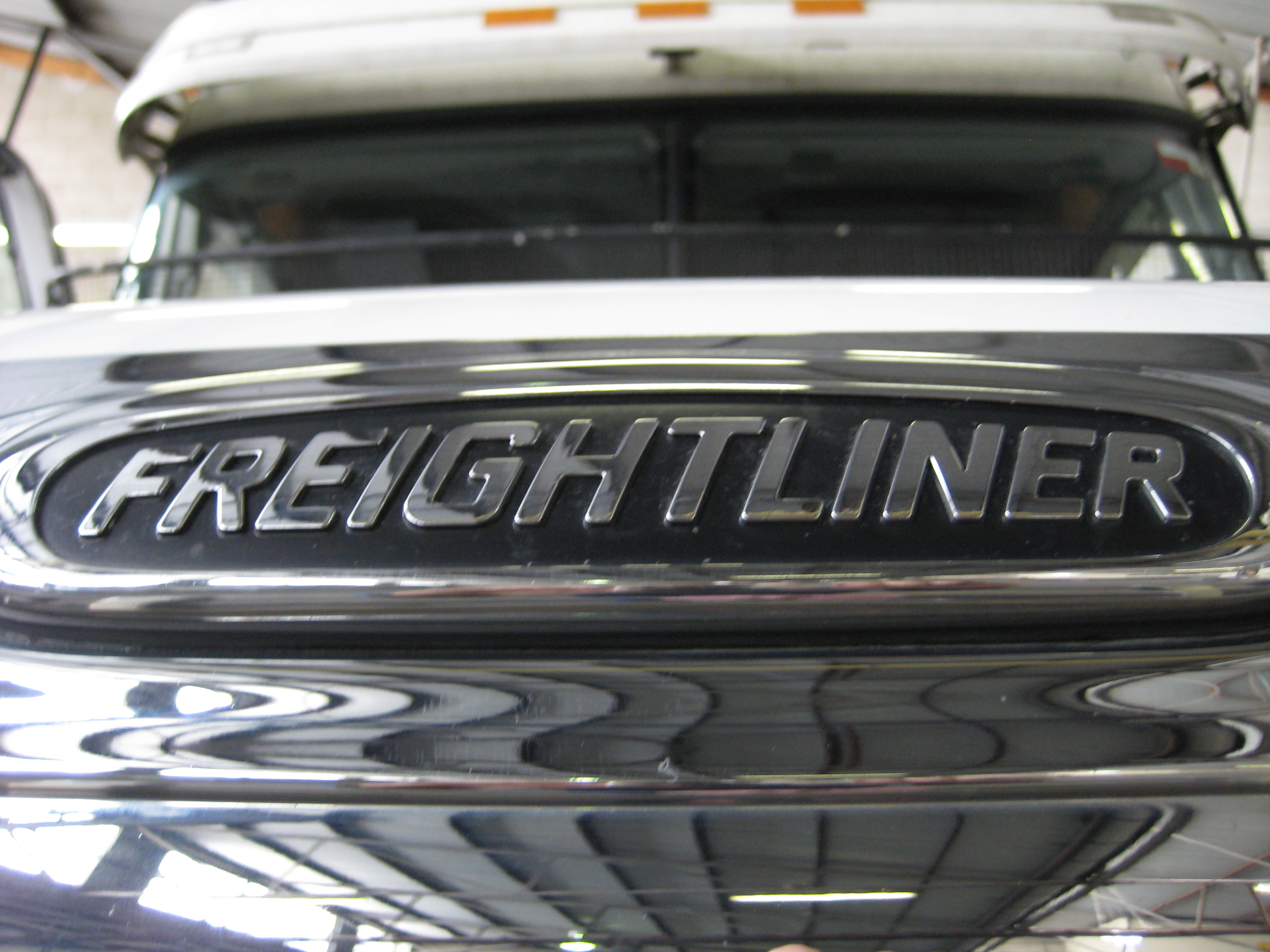 Freightliner van photo - 4